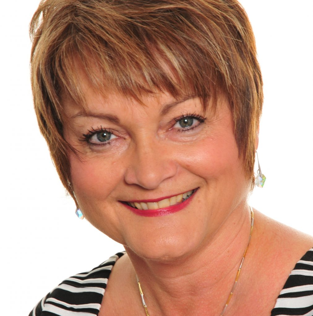 Lynne Mills customer experience